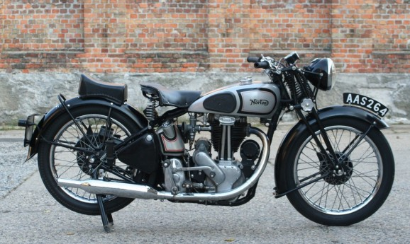 Norton Model 18 500cc OHV 1946